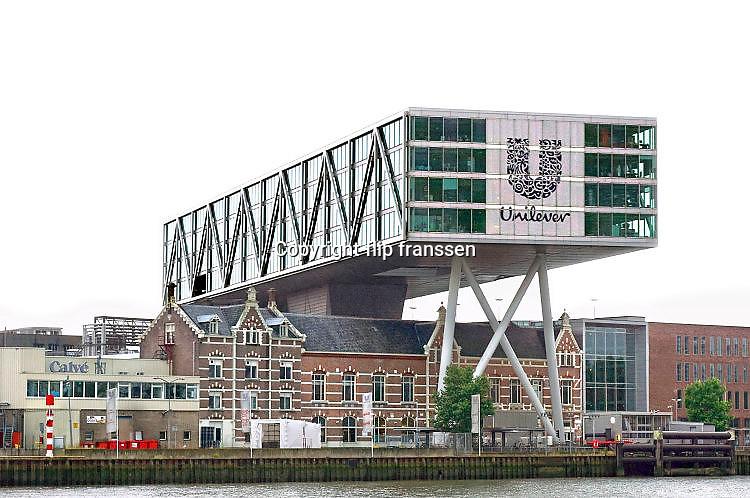 Nederland, the netherlands, Rotterdam, 29-7-2017Hoofdkantoor van voedingsbedrijf Unilever. Deze multinational heeft veel merken zoals Calve en Blue Band , bluebandFoto: Flip Franssen