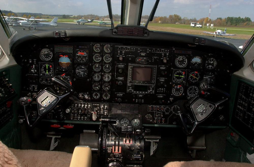 15626Aviation program, Cockpit, oil change, flying bobcats, terminal, flight simulator