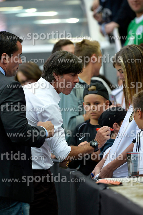 14.08.2013, Fritz Walter Stadion, Kaiserslautern, GER, Testspiel, Deutschland vs Paraguay, im Bild Nationaltrainer Jogi Loew (GER) gibt Autogramme an Zuschauer // during the international friendly match between Germany and Paraguay at Fritz Walter Stadium, Kaiserslautern, Germany on 2013/08/14. EXPA Pictures &copy; 2013, PhotoCredit: EXPA/ Eibner/ Michael Weber<br /> <br /> ***** ATTENTION - OUT OF GER *****