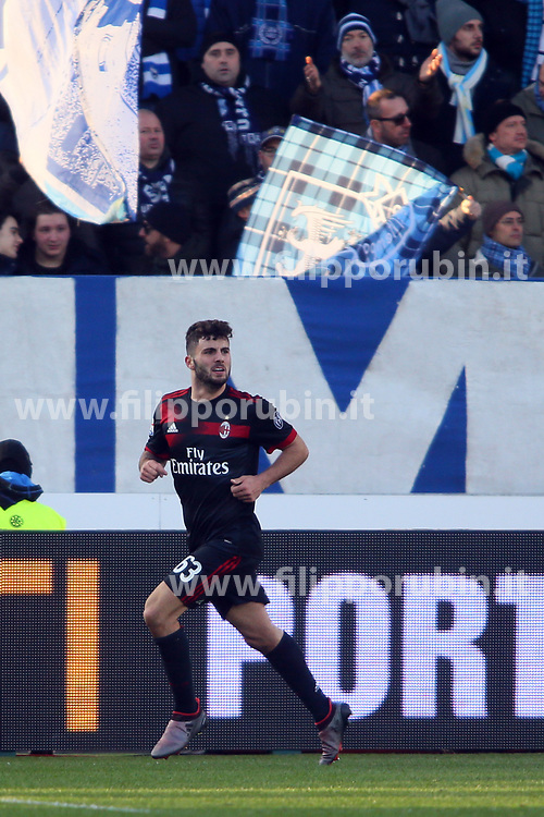 "Foto Filippo Rubin<br /> 10/02/2018 Ferrara (Italia)<br /> Sport Calcio<br /> Spal - Milan - Campionato di calcio Serie A 2017/2018 - Stadio ""Paolo Mazza""<br /> Nella foto: SECONDO GOAL PATRICK CUTRONE<br /> <br /> Photo by Filippo Rubin<br /> February 10, 2018 Ferrara (Italy)<br /> Sport Soccer<br /> Spal vs Milan - Italian Football Championship League A 2017/2018 - ""Paolo Mazza"" Stadium <br /> In the pic: SECOND GOAL PATRICK CUTRONE"
