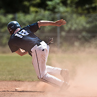 23 May 2010: Gregory Cros of Montpellier runs from second base during game 1/week 7 of the French Elite season match won 19-9 by Montpellier over the PUC, at the Pershing Stadium in Vincennes, near Paris, France.
