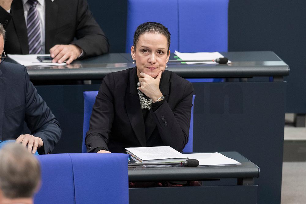 14 FEB 2019, BERLIN/GERMANY:<br /> Nicole Hoechst, MdB, AfD, Bundestagsdebatte, Plenum, Deutscher Bundestag<br /> IMAGE: 20190214-01-002<br /> KEYWORDS: Bundestag, Debatte