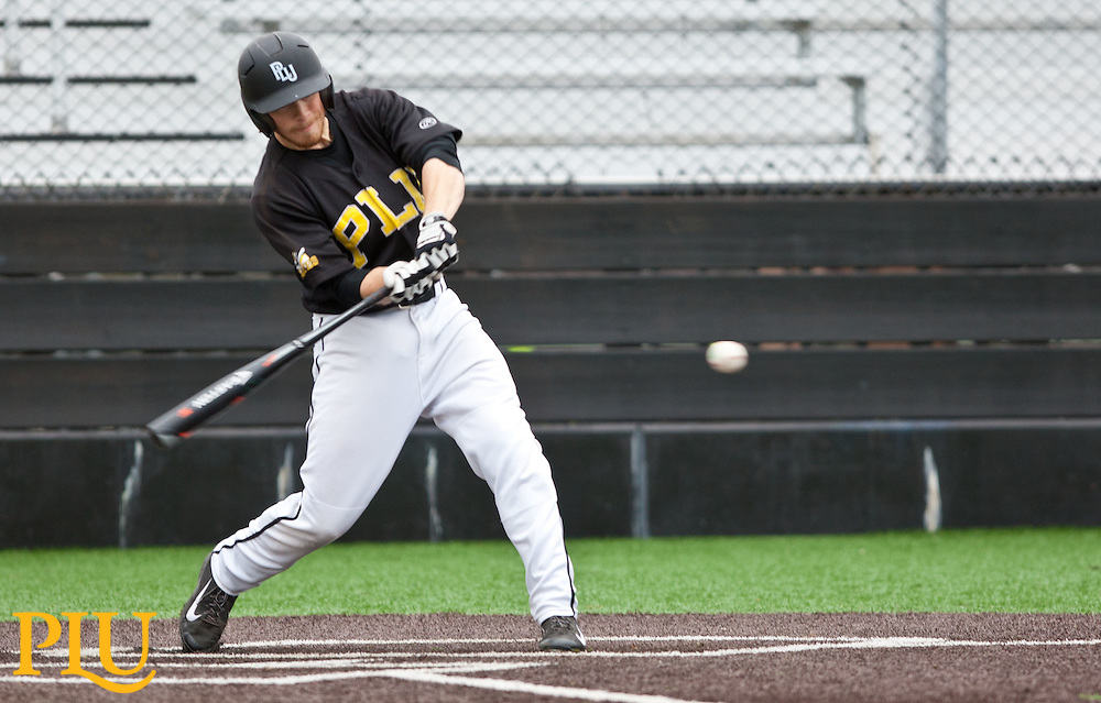Baseball PLU vs. UPSat PLU on Wednesday, March 18, 2015. (Photo: John Froschauer/PLU)
