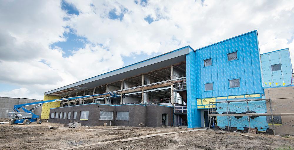 Construction at Furr High School, October 12, 2016.