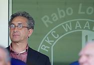 15-05-2008 Voetbal:RKC Waalwijk:ADO Den Haag:Waalwijk<br /> Andre Wetzel, trainer van ADO Den Haag voor volgend seizoen, kwam kijken naar zijn nieuwe club<br /> Foto: Geert van Erven