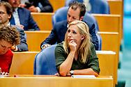 DEN HAAG - Lilian Marijnissen (SP) in de Tweede Kamer voor het wekelijkse vragenuurtje.  ROBIN UTRECHT
