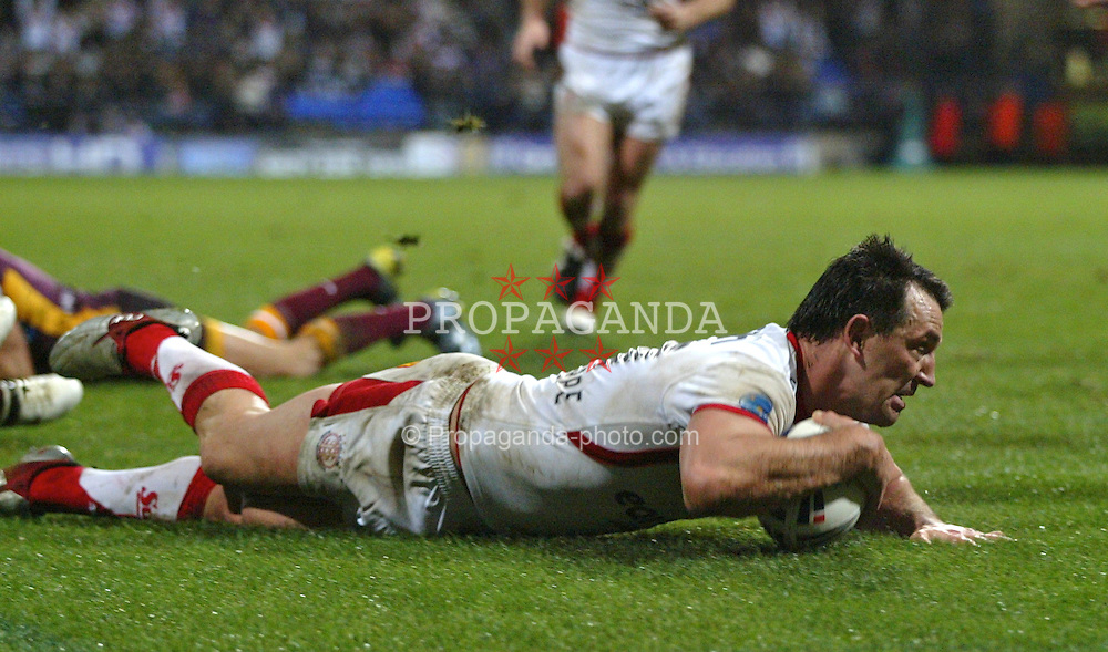 Bolton, England - Friday, February 23, 2007: St Helens Saints' Paul Sculthorpe scores a try against the Brisbane Broncos during the Carnegie World Club Challenge at the Reebok Stadium. (Pic by Dave Kendall/Propaganda)