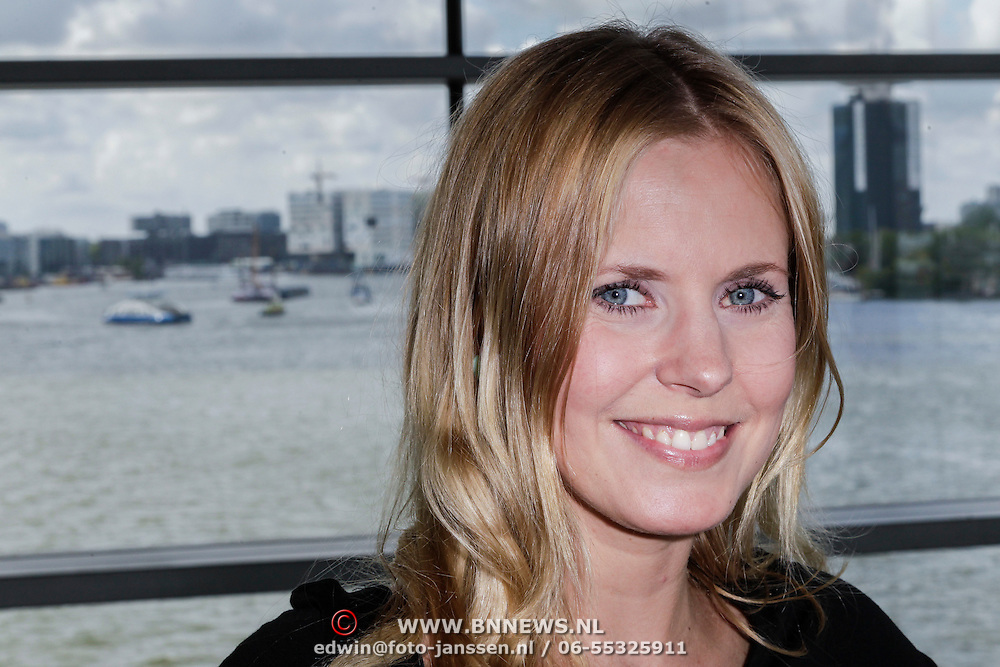 NLD/Amsterdam/20120515 - Bekendmaking Mooiste Benen van Nederland 2012,