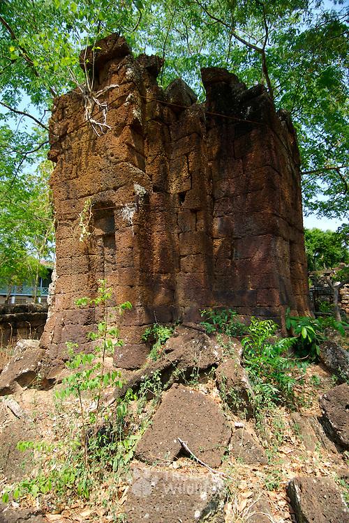 Prang Khonburi Khmer temple at Khorat (Nakorn Ratchasima) in Thailand.  View is March 2007.