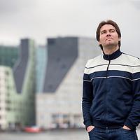 Nederland, Amsterdam, 7 maart 2017.<br />Auke Hulst, zelfverklaard controlfreak, heeft een bundel samengesteld met literaire verhalen over de politiek zorgelijke tijd waarin we leven - Trumpisme, Populisme.<br /><br /><br /><br />Foto: Jean-Pierre Jans