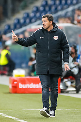 20.11.2016, Red Bull Arena, Salzburg, AUT, 1. FBL, FC Red Bull Salzburg vs SK Rapid Wien, 15. Runde, im Bild Trainer Oscar Garcia (FC Red Bull Salzburg) // Coach Oscar Garcia (FC Red Bull Salzburg) during Austrian Football Bundesliga 15th round Match between FC Red Bull Salzburg and SK Rapid Vienna at the Red Bull Arena, Salzburg, Austria on 2016/11/20. EXPA Pictures © 2016, PhotoCredit: EXPA/ JFK
