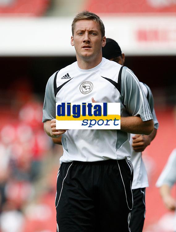 Photo: Steve Bond.<br />Arsenal v Derby County. The FA Barclays Premiership. 22/09/2007. Steve Howard warming up at the Emirates Stadium