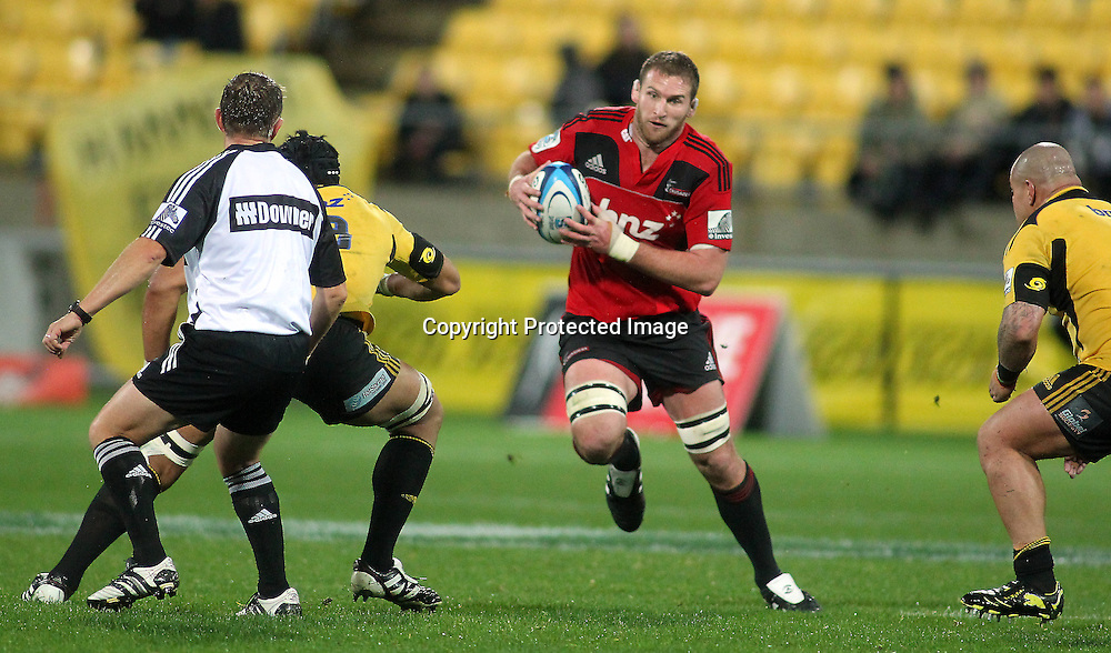 Kieran Read runs the ball. Super Rugby - Crusaders v Hurricanes at Westpac Stadium, Wellington, New Zealand on Saturday 18th June 2011. PHOTO: Grant Down / photosport.co.nz