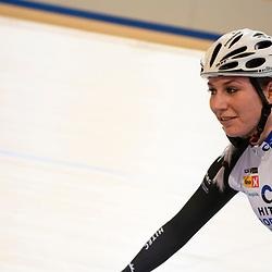 16-12-2016: Wielrennen: NK Baan Duur en Sprint: Apeldoorn (NED): Omnisport: Nina Kessler eint samen met Kirsten Wild de koppelkoers voor vrouwen