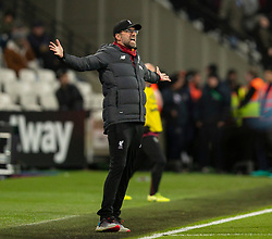 LONDON, ENGLAND - Wednesday, January 29, 2020: Liverpool's manager Jürgen Klopp reacts during the FA Premier League match between West Ham United FC and Liverpool FC at the London Stadium. (Pic by David Rawcliffe/Propaganda)