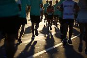 20180415/ Nicolas Celaya - adhocFOTOS/ URUGUAY/ MONTEVIDEO/ RAMBLA/ Maraton de Montevideo por el centro y la rambla, Montevideo.<br /> En la foto: Maraton de Montevideo por el centro y la rambla, Montevideo. Foto: Nicol&aacute;s Celaya /adhocFOTOS