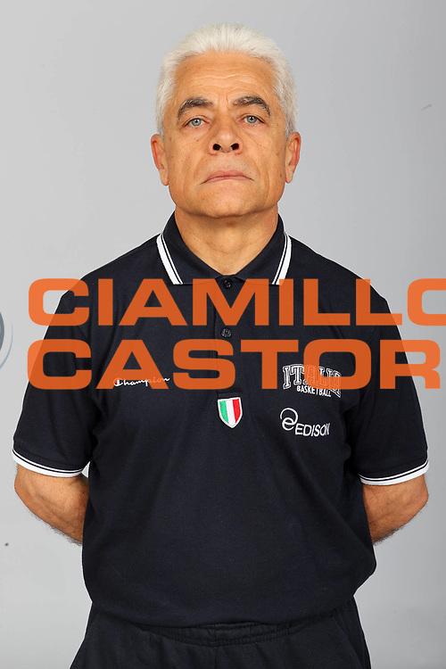 DESCRIZIONE : Roma Acqua Acetosa Nazionale Italia Donne <br /> GIOCATORE : Remo Bifolchi<br /> CATEGORIA : ritratto posato<br /> SQUADRA : Italia Nazionale Donne Femminile<br /> EVENTO : Ritiro collegiale<br /> GARA :<br /> DATA : 21/05/2012 <br /> SPORT : Pallacanestro<br /> AUTORE : Agenzia Ciamillo-Castoria/ElioCastoria<br /> Galleria : FIP Nazionali 2012<br /> Fotonotizia : Roma Acqua Acetosa Nazionale Italia Donne <br /> Predefinita :