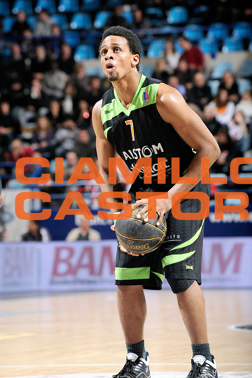 DESCRIZIONE : Championnat de France Basket Ligue Pro A  Semaine des As Quart de Finale<br /> GIOCATORE : Hammonds Cliff<br /> SQUADRA : Villeurbanne<br /> EVENTO : Ligue Pro A  2010-2011<br /> GARA : Nancy Villeurbanne<br /> DATA : 11/02/2011<br /> CATEGORIA : Basketbal France Ligue Pro A<br /> SPORT : Basketball<br /> AUTORE : JF Molliere par Agenzia Ciamillo-Castoria <br /> Galleria : France Basket 2010-2011 Action<br /> Fotonotizia : Championnat de France Basket Ligue Pro A Semaine des As Quart Finale Pau
