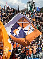 BLOEMENDAAL - Publiek met vlaggen van HC Bloemendaal . Euro Hockey League 2015 . COPYRIGHT KOEN SUYK