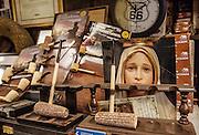 Bologna, artisan pipe lab  Bonfiglioli Pipe.
