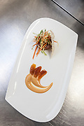 Milan, Bollate, InGalera Restaurant: Amberjack canapés with crunchy vegetables