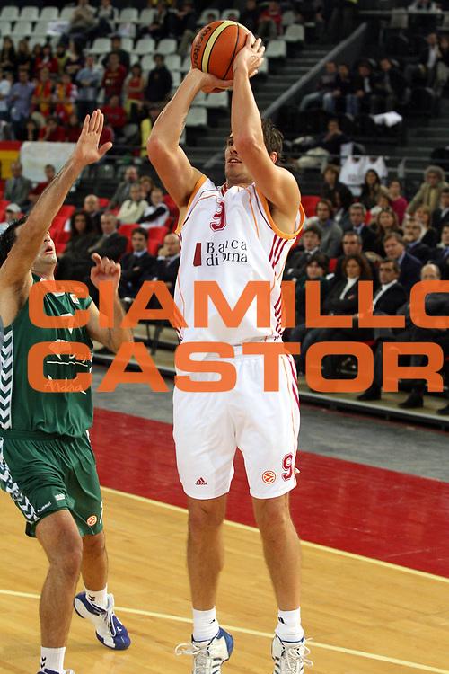 DESCRIZIONE : Roma Eurolega 2006-07 Lottomatica Virtus Roma Unicaja Malaga<br />GIOCATORE : Righetti<br />SQUADRA : Lottomatica Virtus Roma<br />EVENTO : Eurolega 2006-2007 <br />GARA : Lottomatica Virtus Roma Unicaja Malaga<br />DATA : 29/11/2006 <br />CATEGORIA : Tiro<br />SPORT : Pallacanestro <br />AUTORE : Agenzia Ciamillo-Castoria/G.Ciamillo