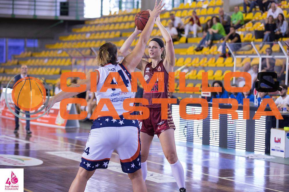 Marie Ruzickova<br /> Umana Reyer Venezia Fixi Piramis Torino<br /> LegA Basket Femminile 2016/2017<br /> Lucca, 02/10/2016<br /> Foto Elio Castoria/Ciamillo-Castoria