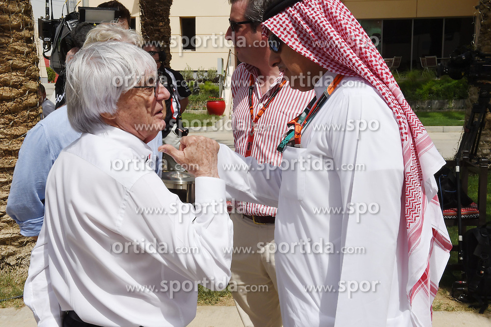 18.04.2015, International Circuit, Sakhir, BHR, FIA, Formel 1, Grand Prix von Bahrain, Qualifying, im Bild Bernie Ecclestone (GBR) CEO Formula One Group (FOM), Kevin Eason (GBR) The Times Journalist, Jonathan McEvoy (GBR) Daily Mail F1 journalist and Zayed Alzayani (BHN) Bahrain Grand Prix Chairman // during Qualifying of the FIA Formula One Bahrain Grand Prix at the International Circuit in Sakhir, Bahrain on 2015/04/18. EXPA Pictures &copy; 2015, PhotoCredit: EXPA/ Sutton Images/ Mark<br /> <br /> *****ATTENTION - for AUT, SLO, CRO, SRB, BIH, MAZ only*****