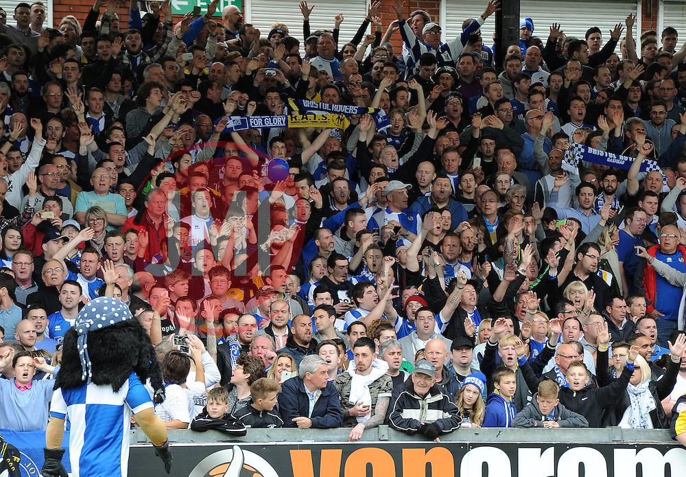 Bristol Rovers fans - Photo mandatory by-line: Dougie Allward/JMP - Mobile: 07966 386802 - 25/04/2015 - SPORT - Football - Bristol - Memorial Stadium - Bristol Rovers v Alfreton Town - Vanarama Football Conference