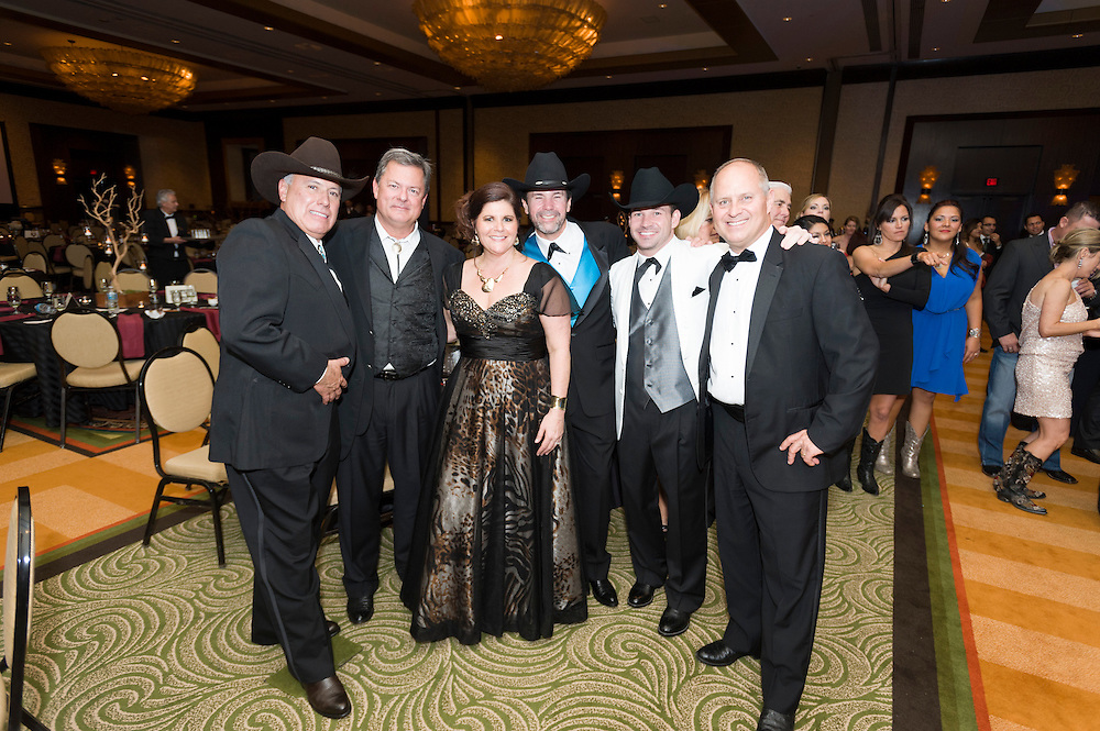 Photograph from the 2013 Installation and New Year Gala for the Houston Apartment Association, celebrating the new presidency of Mack Armstrong | Photograph by Mark Hiebert, HiebertPhotography.com