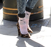 02.SEPTEMBER.2013. LONDON<br /> <br /> FEARNE COTTON SPOTTED IN CENTRAL LONDON WEARING CAT FACE SOCKS<br /> <br /> BYLINE: EDBIMAGEARCHIVE.CO.UK<br /> <br /> *THIS IMAGE IS STRICTLY FOR UK NEWSPAPERS AND MAGAZINES ONLY*<br /> *FOR WORLD WIDE SALES AND WEB USE PLEASE CONTACT EDBIMAGEARCHIVE - 0208 954 5968*
