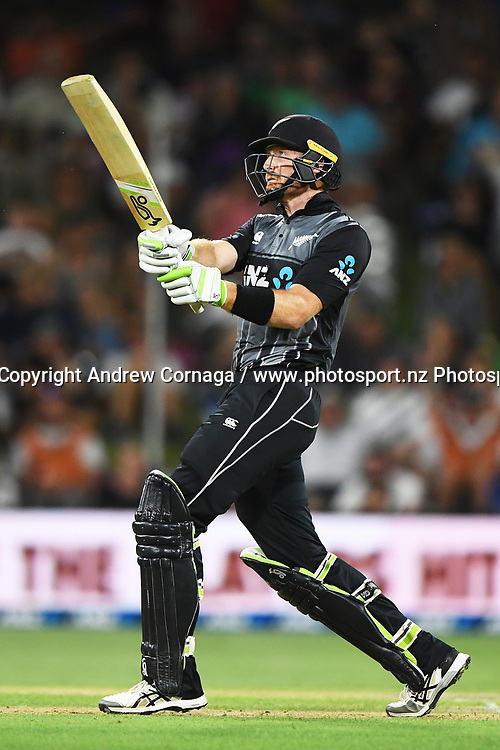 Martin Guptill hits a 6 off a free hit.<br /> Pakistan tour of New Zealand. T20 Series. 3rd Twenty20 international cricket match, Bay Oval, Mt Maunganui, New Zealand. Sunday 28 January 2018. &copy; Copyright Photo: Andrew Cornaga / www.Photosport.nz