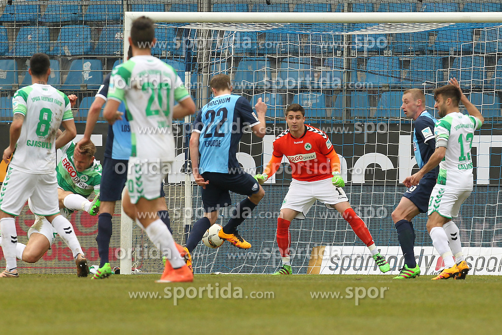 20.03.2016, Rewirpower Stadio, Bochum, GER, 2. FBL, VfL Bochum vs SpVgg Greuther Fuerth, 27. Runde, im Bild Tor zum 1:1 durch Simon Terode (#22, VfL Bochum) // during the 2nd German Bundesliga 27th round match between VfL Bochum and SpVgg Greuther Fuerth at the Rewirpower Stadio in Bochum, Germany on 2016/03/20. EXPA Pictures &copy; 2016, PhotoCredit: EXPA/ Eibner-Pressefoto/ Deutzmann<br /> <br /> *****ATTENTION - OUT of GER*****