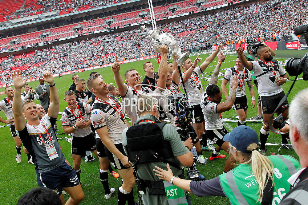 Hull players salute the fans at the end of the Challenge Cup Final 2016 match between Warrington Wolves and Hull FC at Wembley Stadium, London, England on 27 August 2016. Photo by Craig Galloway.