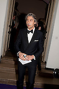 GEORGE LAMB, The Surrealist Ball in aid of the NSPCC. Hosted by Lucy Yeomans and Harry Blain. Banqueting House. Whitehall. 17 March 2011. -DO NOT ARCHIVE-© Copyright Photograph by Dafydd Jones. 248 Clapham Rd. London SW9 0PZ. Tel 0207 820 0771. www.dafjones.com.