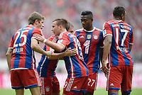 Fotball<br /> Tyskland<br /> 13.09.2014<br /> Foto: Witters/Digitalsport<br /> NORWAY ONLY<br /> <br /> 1:0 Jubel v.l. Thomas Müller, Torschuetze Mario Götze, Philipp Lahm, David Alaba, Jerome Boateng (Bayern)<br /> <br /> Fussball Bundesliga, FC Bayern München - VfB Stuttgart