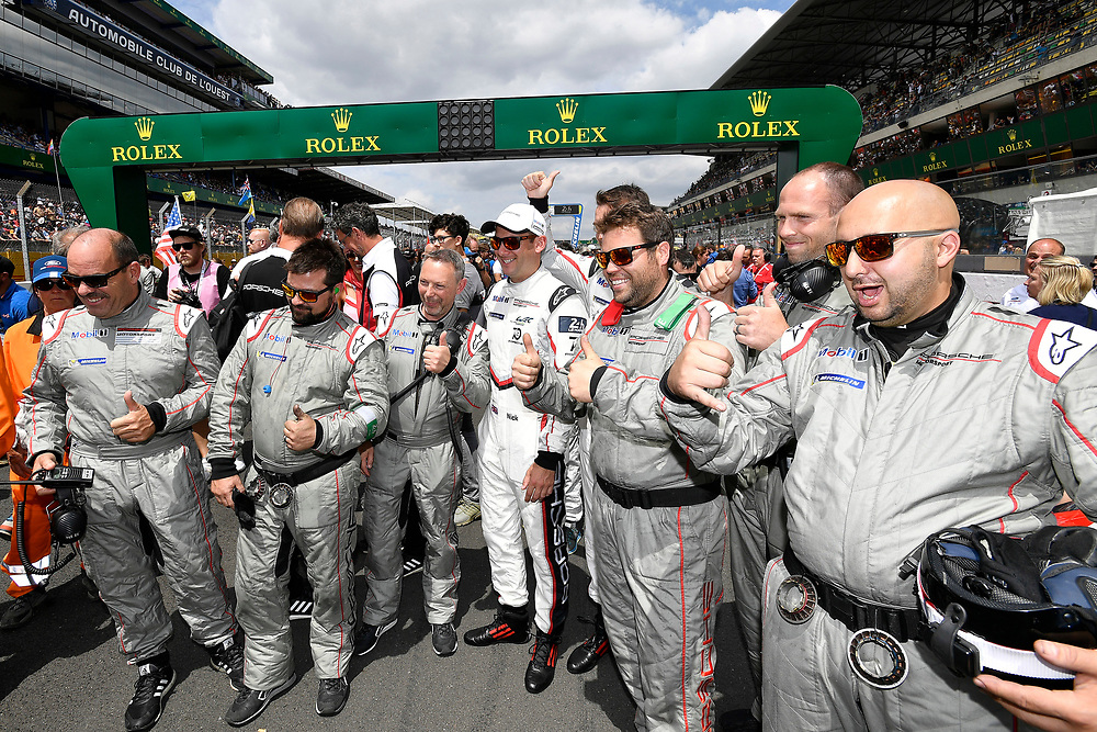 #93 Porsche GT Team Porsche 911 RSR:  Nick Tandy, crew, pre-race, grid walk<br /> Saturday 16 June 2018<br /> 24 Hours of Le Mans<br /> 2018 24 Hours of Le Mans<br /> Circuit de la Sarthe  FR<br /> World Copyright: Scott R LePage