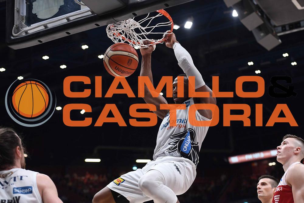 Dominique Sutton<br /> EA7 Emporio Armani Olimpia Milano - Dolomiti Energia Trentino<br /> Playoff - Finale - Gara 1<br /> LegaBasket Serie A 2017/2018<br /> Milano, 05/06/2018<br /> Foto M.Ceretti / Ciamillo-Castoria