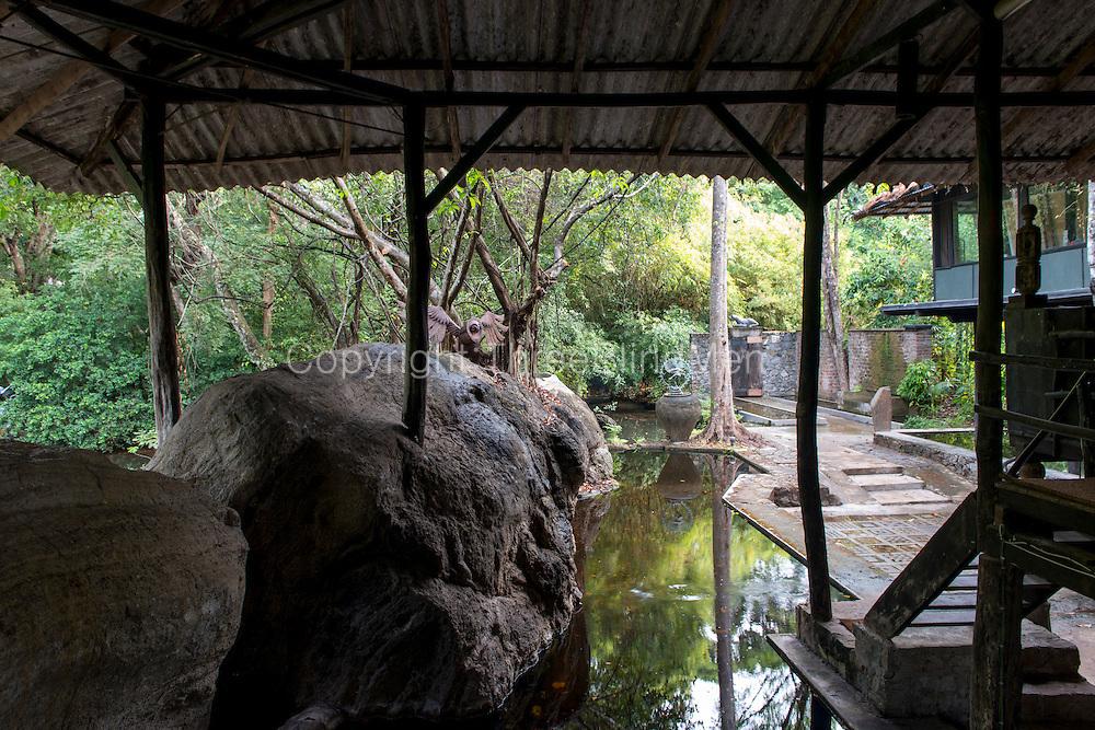 Diyabubula. Laki Senanayake's home.
