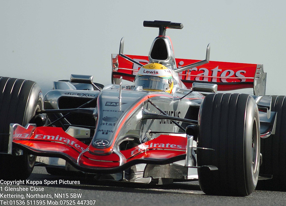 BRIT LEWIS HAMILTON Tests the Mclaren Mercedes for the first time, hoping for a seat with Mclaren in 2007, F1 Formula One Test Silverstone 19th September 2006 :Photo Mike Capps