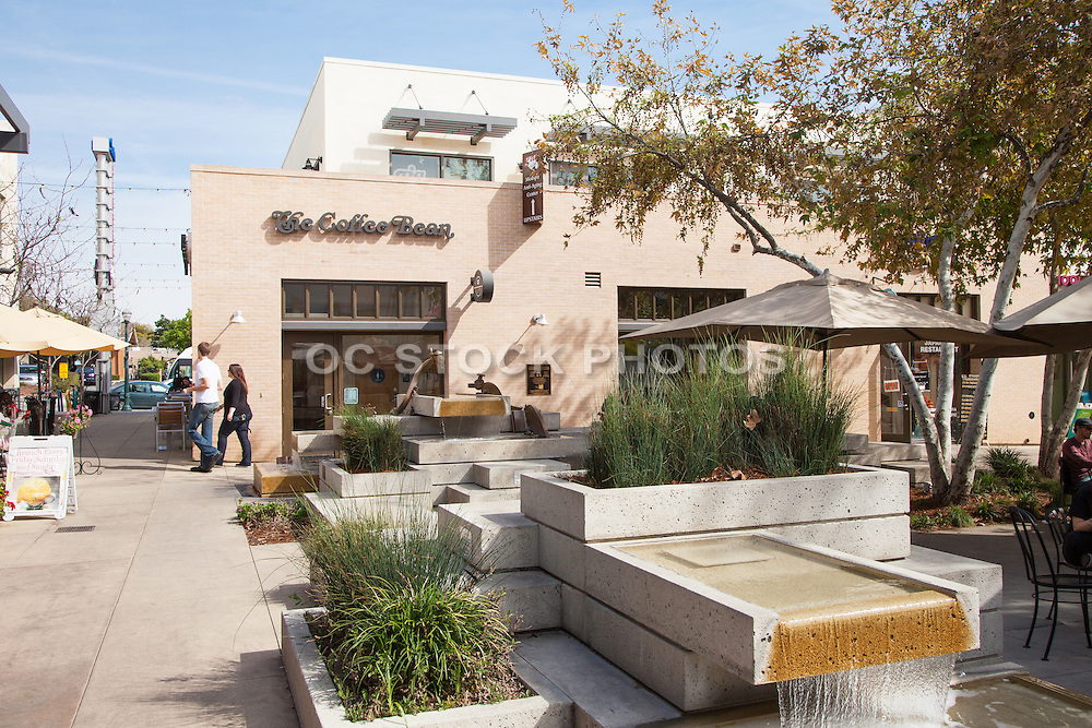 Shopping and Dining in Claremont Village Square