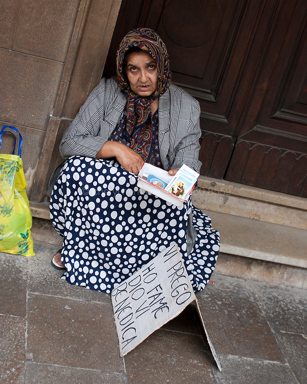 Many women play the role of suffering widows, when not socializing in the back alleys of the city.