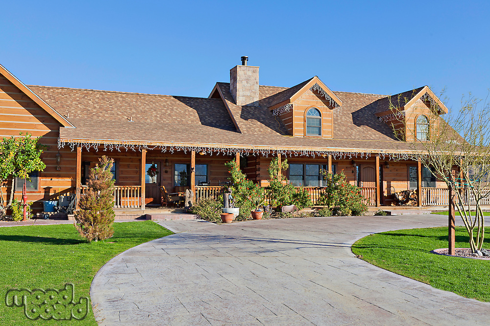 Entrance to a ranch home exterior
