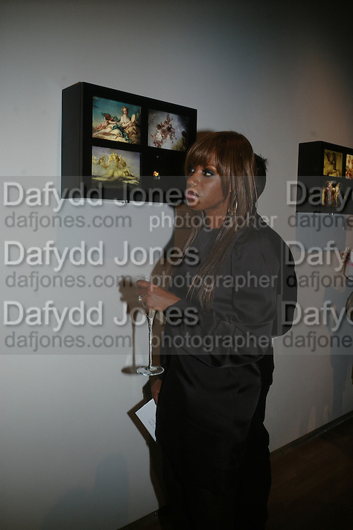 SHAZNAY LEWIS, ' Show Off' Theo Fennell exhibition co-hosted wit Vanity Fair. Royal Academy. Burlington Gdns. London. 27 September 2007. -DO NOT ARCHIVE-© Copyright Photograph by Dafydd Jones. 248 Clapham Rd. London SW9 0PZ. Tel 0207 820 0771. www.dafjones.com.
