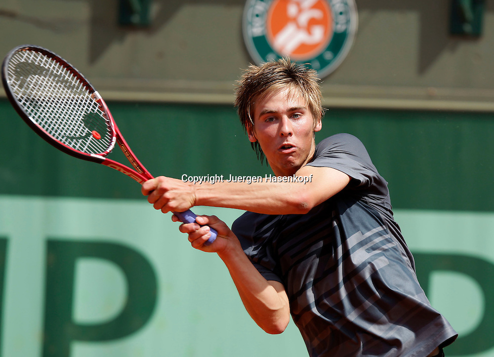 French Open 2011, Roland Garros,Paris,ITF Grand Slam Tennis Tournament . Junioren, Julian Lenz (GER),Einzelbild,Aktion,
