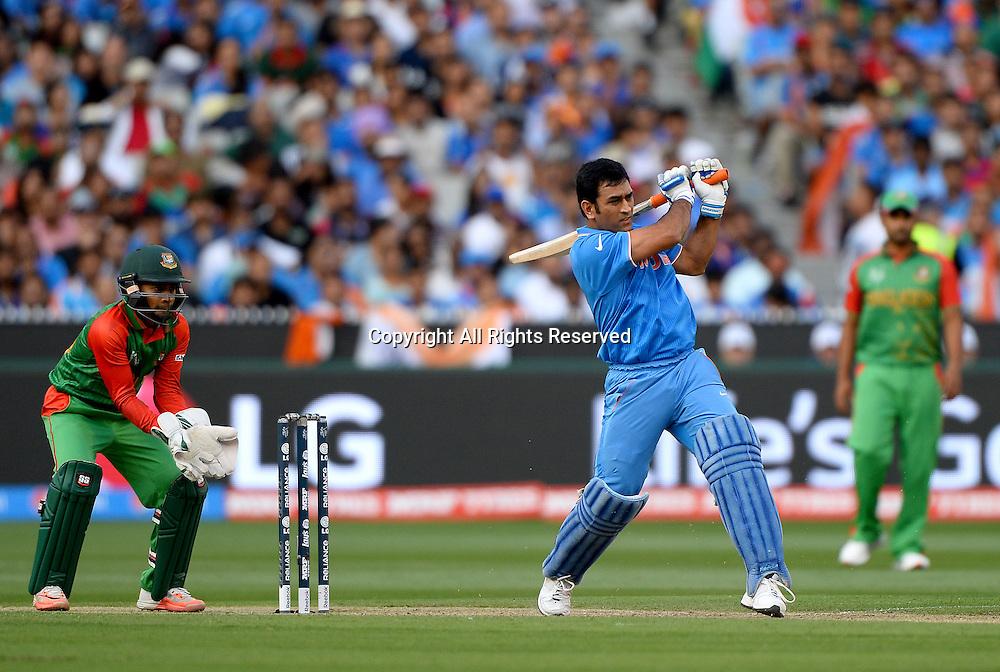 MS Dhoni (India)<br /> India vs Bangladesh / Qtr Final 2<br /> 2015 ICC Cricket World Cup<br /> MCG / Melbourne Cricket Ground <br /> Melbourne Victoria Australia<br /> Thursday 19 March 2015<br /> &copy; Sport the library / Jeff Crow