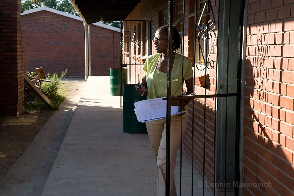 Umlazi, KwaZulu Natal, South Africa. 28 May 2008. Mantombi Nala-Preusker, headmistress of Qondokuhle Primary School.