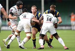 Chris Pennell of Worcester Warriors is challenged by Poutasi Luafutu of Brive - Mandatory by-line: Dougie Allward/JMP - 22/10/2016 - RUGBY - Sixways Stadium - Worcester, England - Worcester Warriors v Brive - European Challenge Cup