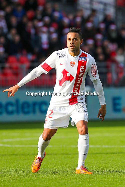 Alexandre ALPHONSE  - 20.12.2014 - Brest / Ajaccio - 18eme journee de Ligue 2<br /> Photo : Vincent Michel / Icon Sport