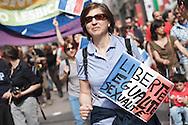 Milano, 25 aprile 2013. Festa della liberazione. Le questioni all'ordine del giorno: il mancato riconoscimento delle unioni di fatto, mentre in Francia si introduce il matrimonio tra persone dello stesso sesso.